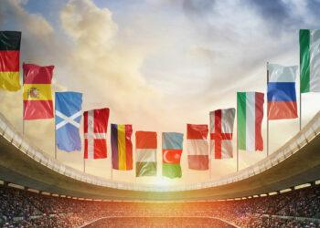 campeonatos internacionais: Estádio de futebol da Europa pronto para o jogo