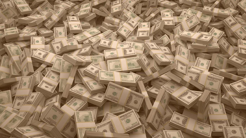 Time mais rico do Brasil: Pacotes de notas de $ 100 dólares espalhados aleatoriamente. Bilhões de dólares em dinheiro espalhados pelo solo e vistos de cima. Um mar de dinheiro e um grande fundo.