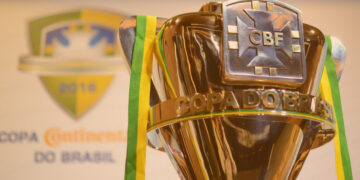 quanto ganha o campeão da copa do brasil: Taça da competição